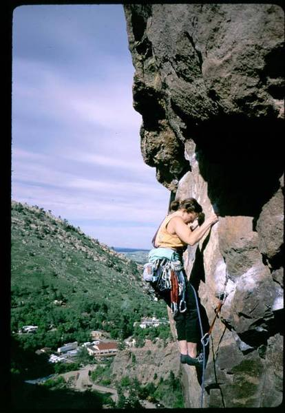 Dianne Connely on P3 crux of Outer Space. Photo by Tony Bubb