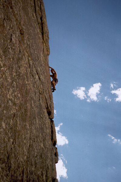 John Cioci leads high on Icarus, in Eldo.<br> <br> Photo by Tony Bubb.