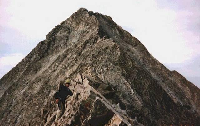 The Knife Edge ridge looking toward the summit.