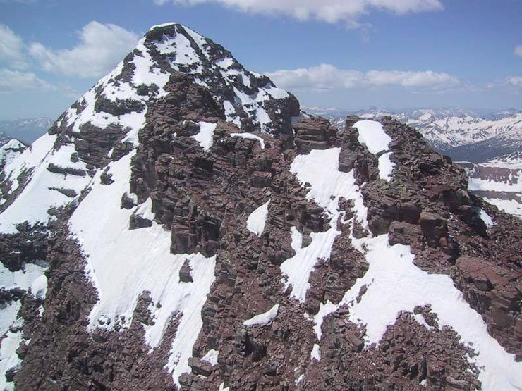 S Maroon from near the summit of N Maroon.  The traverse goes over the gendarme in the foreground (blends in with S Maroon).