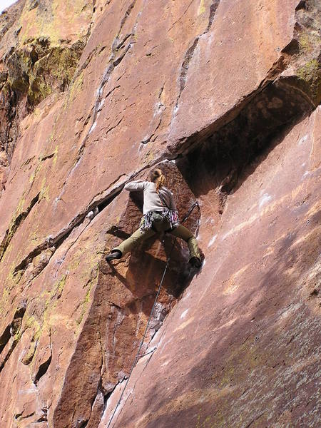 K.B. pulling the roof on the Center route...