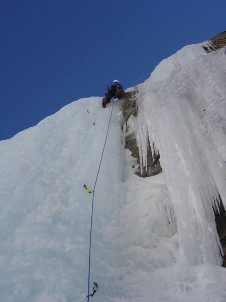 The start of P3.  The crux of the entire climb on Feb 14th, 2004.