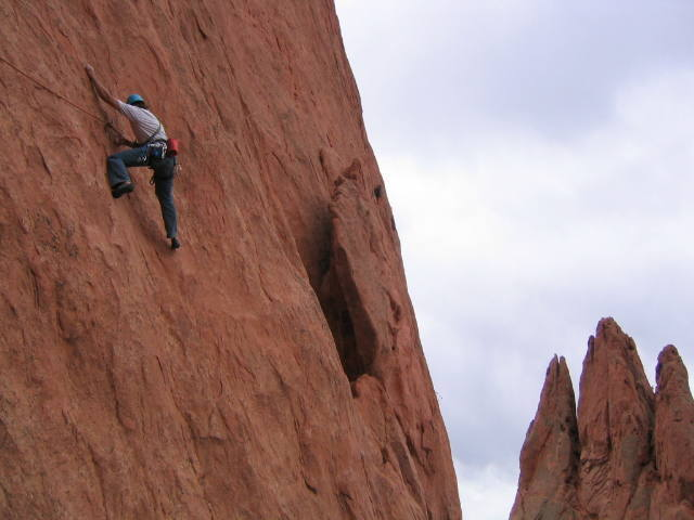 Working his way across the Lower Finger Traverse.