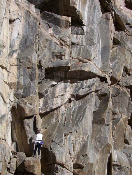 Mark starting up the clean granite corner of Training Day, P1.