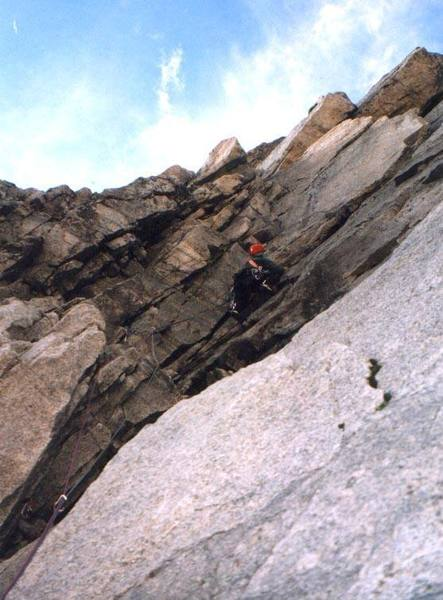 P1, don't go R here.  Nils Albert climbing.