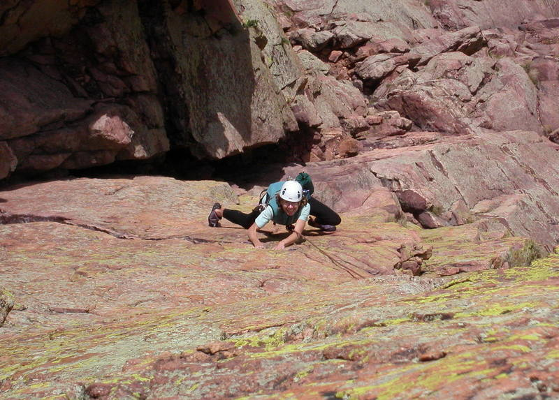 Kirsten Russell enjoying the hand traverse at the start of pitch 4.
