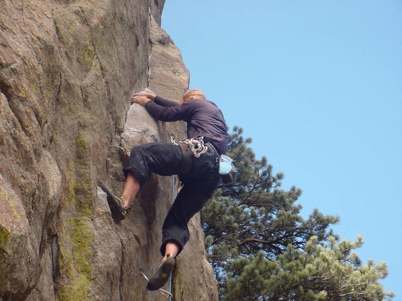 Brent Pohlmann crankin' on the first pitch of Global <br> Gorilla.