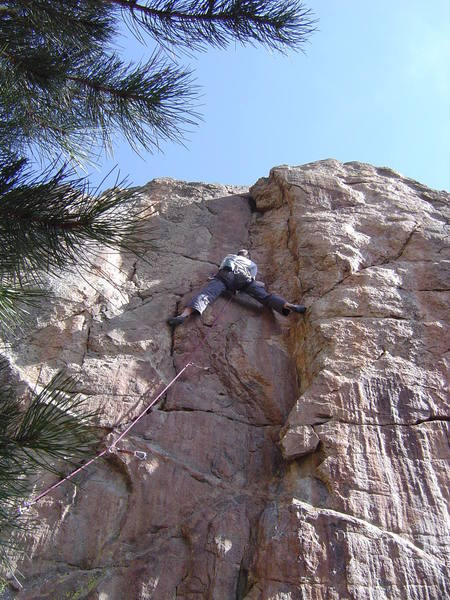 Sam initiating the crux sequence on Contortionists Forte.