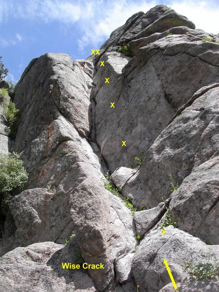 Wise Crack; the left-most route on the west face of Surprising Crag.<br> <br> Fun stemming and laybacking up the corner.