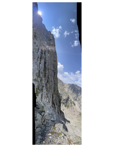 A panoramic shot of the whole route, taken from just below the South Col (where the descent rappel deposits you).