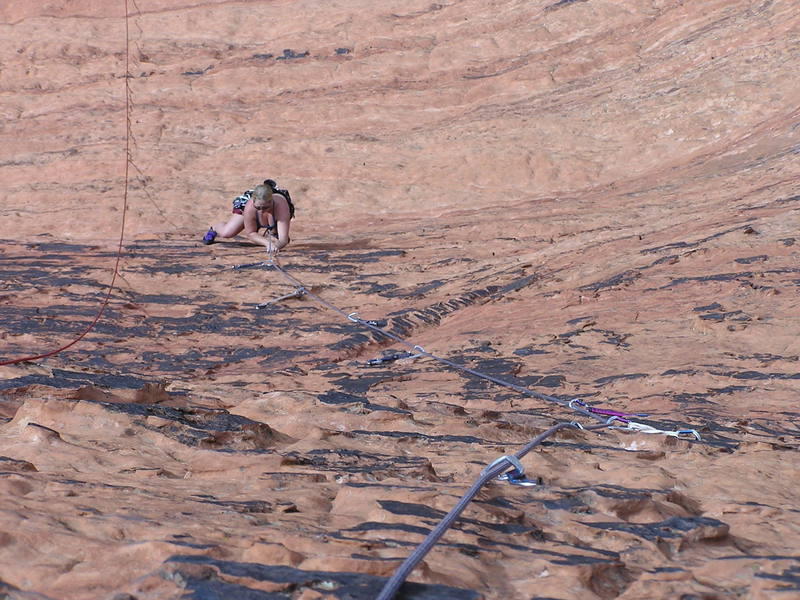 Dede following the route, enjoying the great sandstone edges.