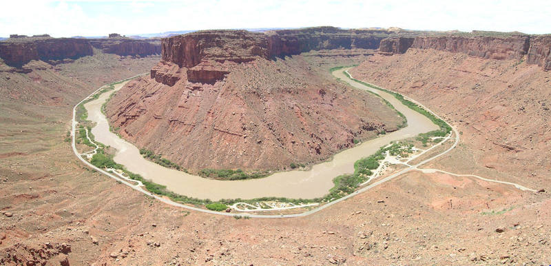 A panoramic shot of the Big Bend area from the top of Dolomite Spire.