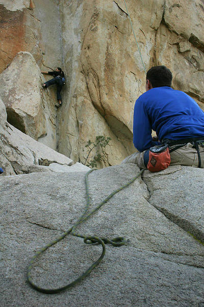 Jen at the stemming crux on Coarse and Buggy.