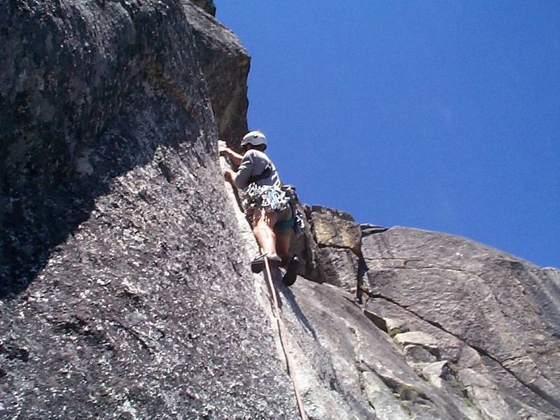 First part (thin crack) of P2, photo by Mike Henderson