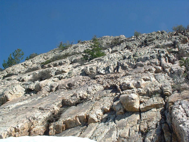 The top of the West Slabs. This pic is looking up the easier rock that we did unroped after 10 pitches. Probably about 2 pitches left worth of rock.