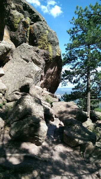 One of the two large boulder formations that the East Ridge Trail threads through