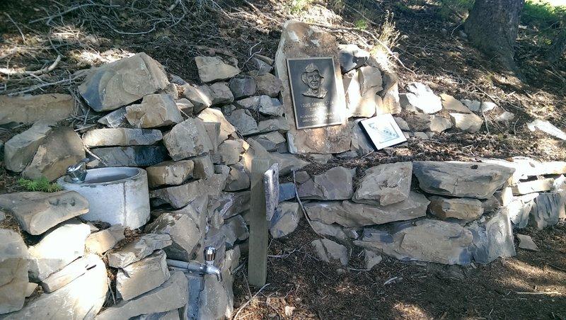Louis Stur memorial and water fountain