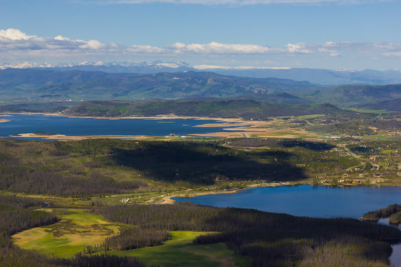 Shadow Mountain and Granby from the Lookout with permission from Hobbes7714 Photo Credit: Andrew Wahr  Link: https://twitter.com/WahrAndrew
