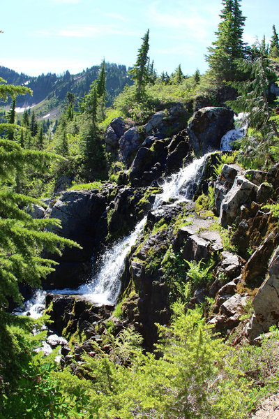 Small waterfall flowing from Heart Lake