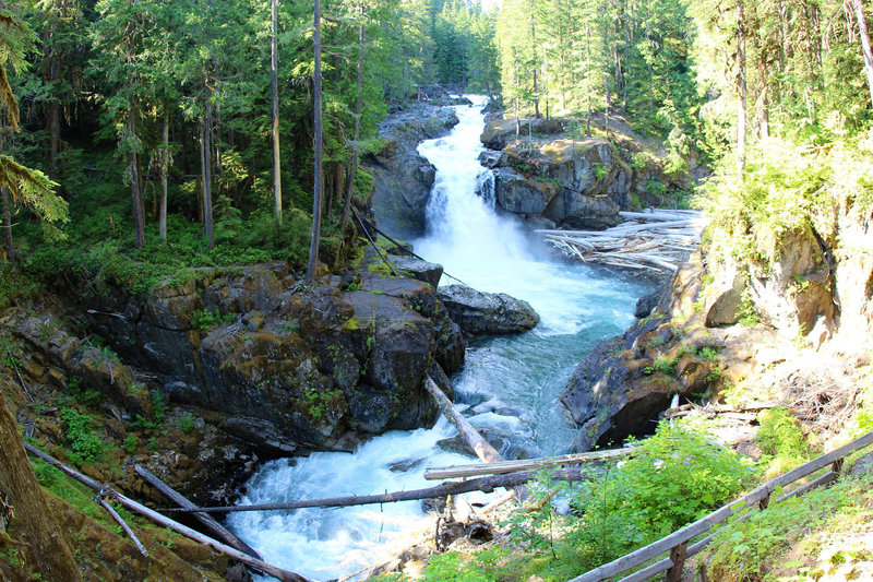 View of Silver Falls
