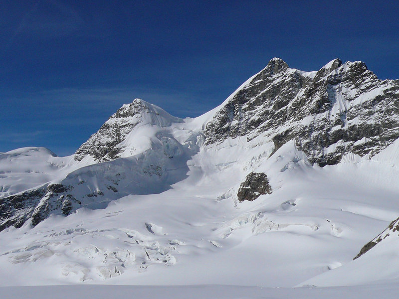The imposing swiss mountains.