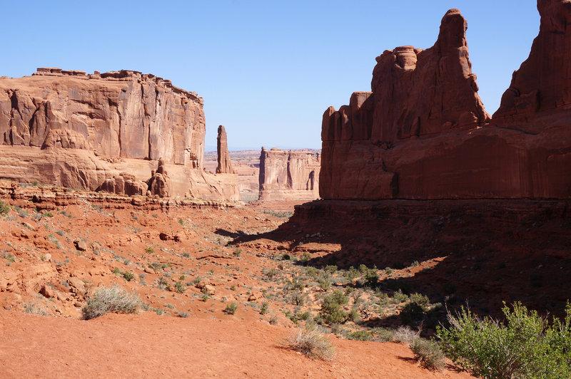 View through the Park Avenue canyon
