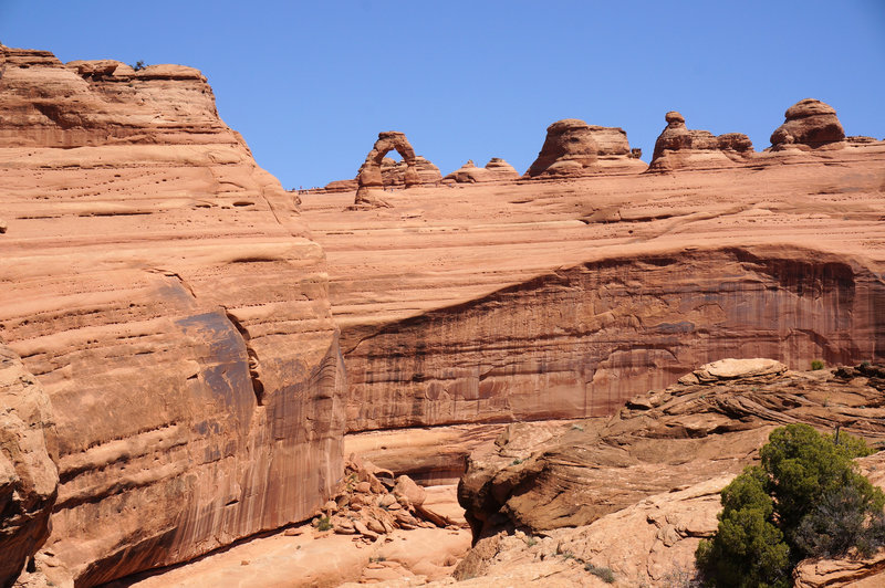 Delicate Arch from its Viewpoint Trail