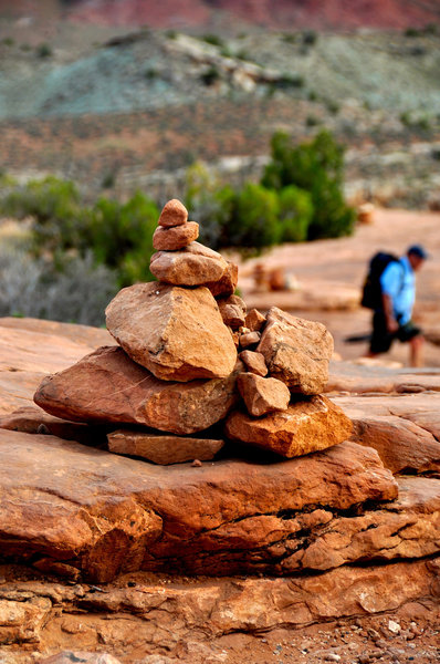 Cairns to follow on the way up the Delicate Arch Trail