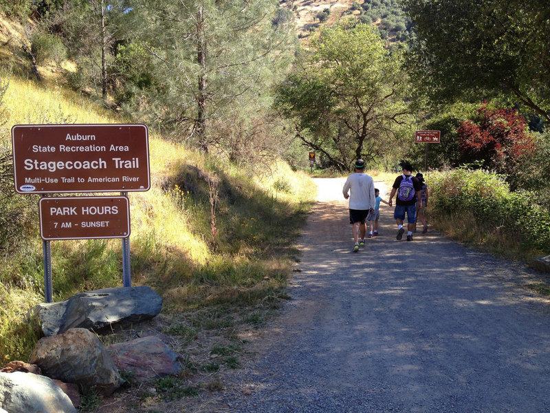 Stagecoach Trail start