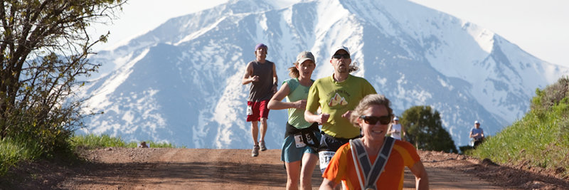 Racers with Mt. Sopris posing in the background.
