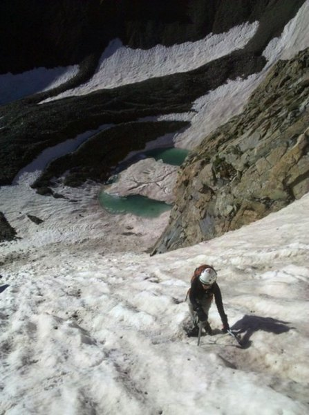 A look down from about halfway up the couloir. Looks pretty nasty, huh? But a ton of fun...