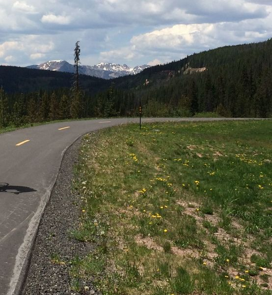 Great views up and down valley from the Vail Pass Recreation Path