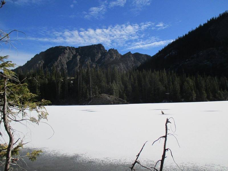 Lake Angeles is a little icy!