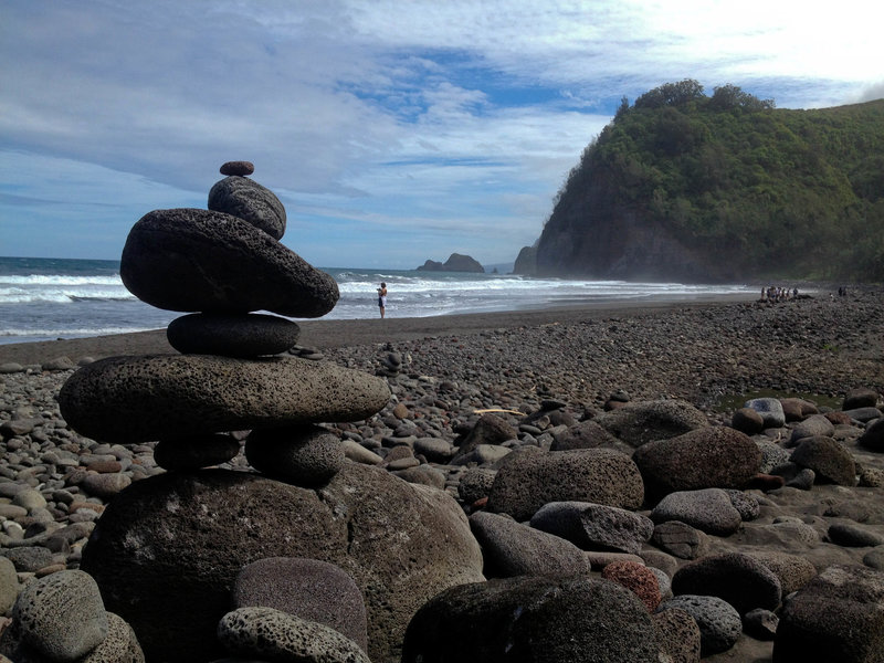 Black sands of Pololu Valley