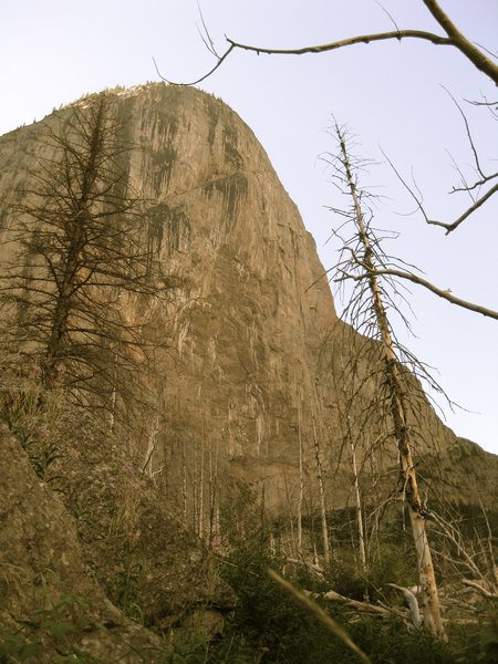 1500 feet of vertical rock - from the The Beaten Path Trail