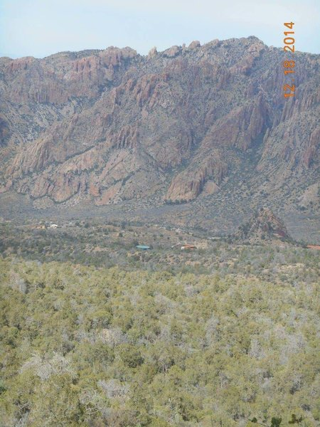 The beautiful Chisos Basin (from the Pinnacles Trail) !
