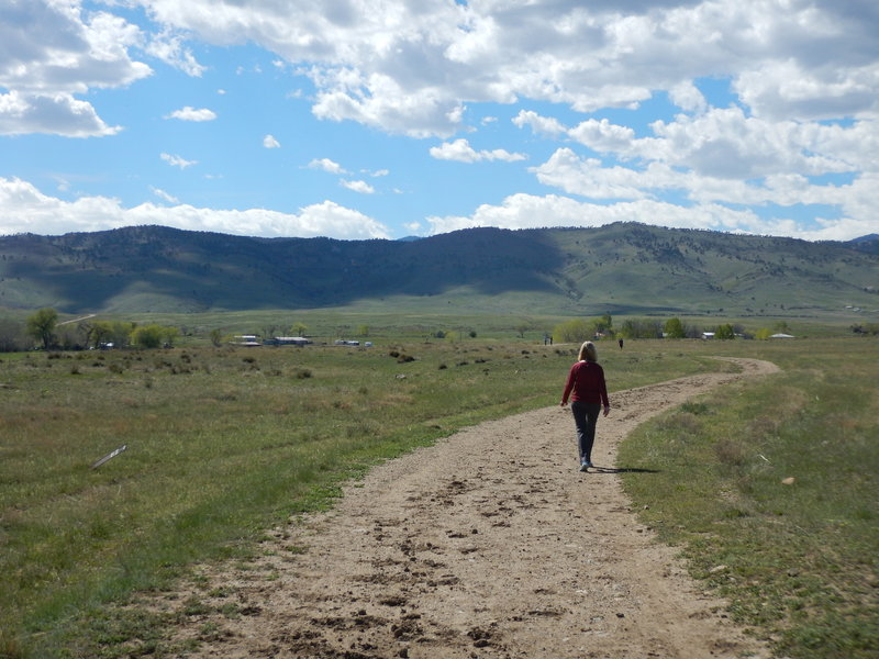 Hiking on the Boulder Valley Ranch network of trails