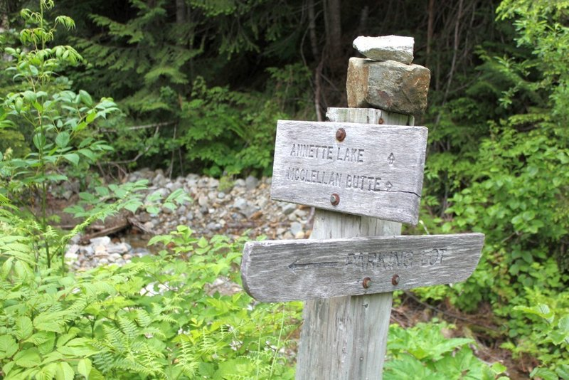 Annette Lake and McClellan Butte trail sign.