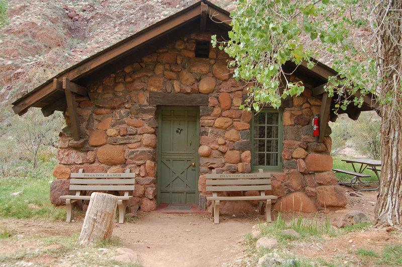 Grand Canyon: Phantom Ranch - Cabin.