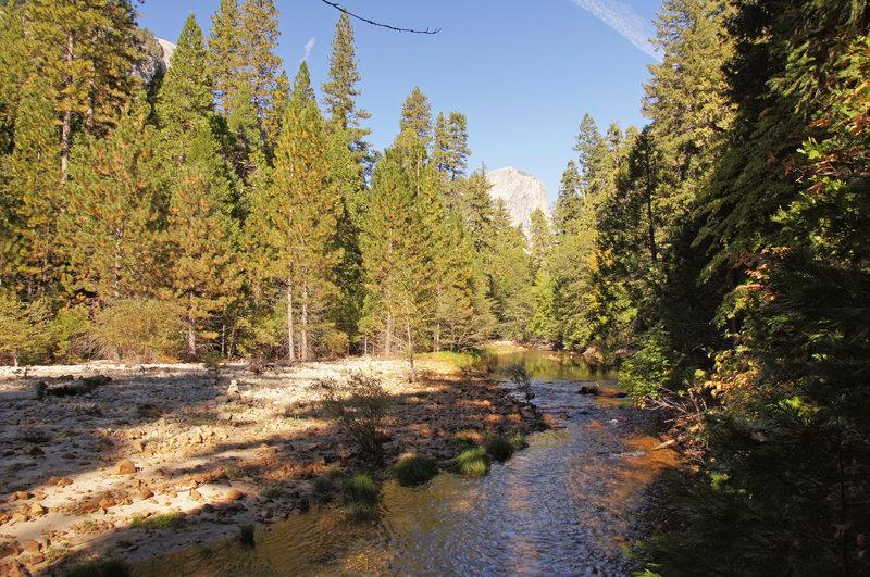 Sierra Nevada 209 Yosemite National Park, Mirror Lake Trail