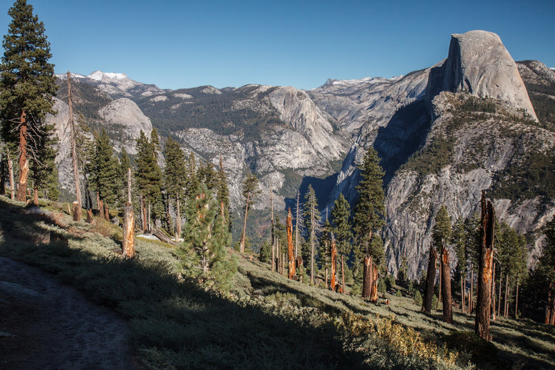 Yosemite Valley from Panoramatic trail