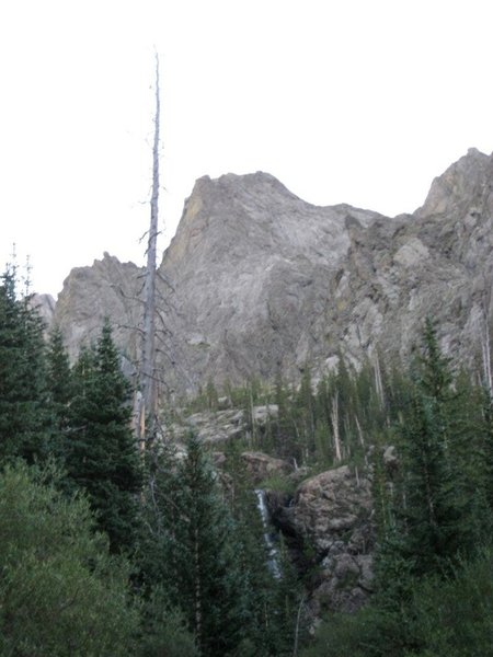 Approaching the headwall on the way to Willow Lake.