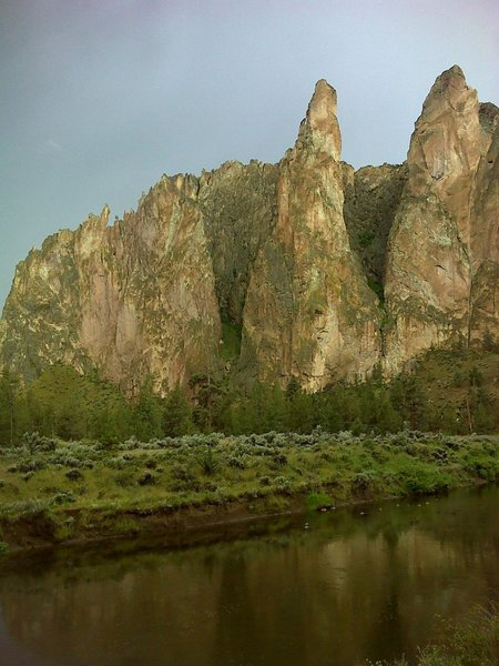 Looking South at Smith Rock Group from River Trail