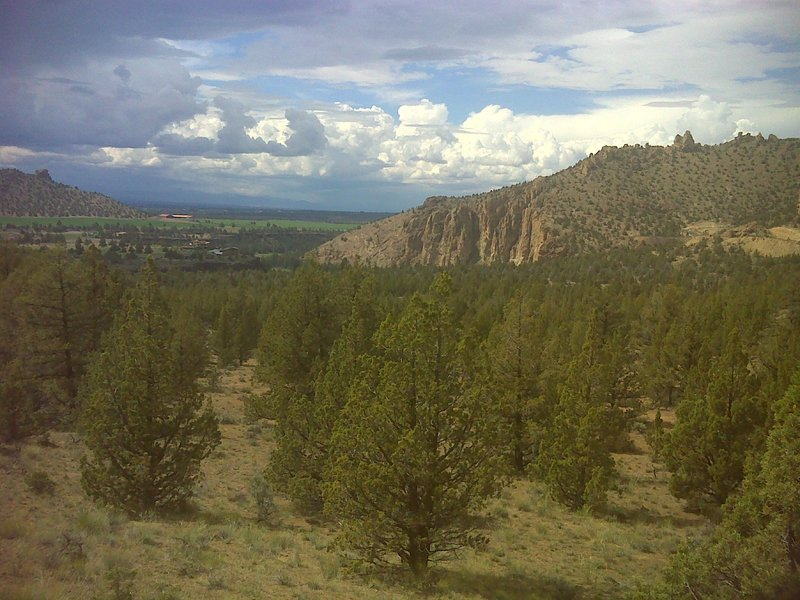 Looking north on the back side of the Smith Rock.