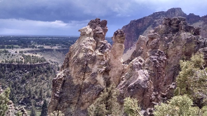 Bet you didn't know that Smith Rock State Park has Hoodoo's