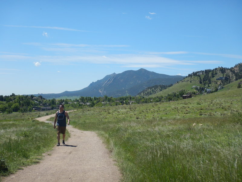 Nice Flatiron views along the foothills South Trail