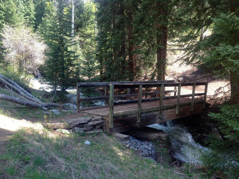 Bridge over Middle Creek