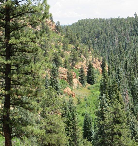 La Fair Canyon's rugged edges
