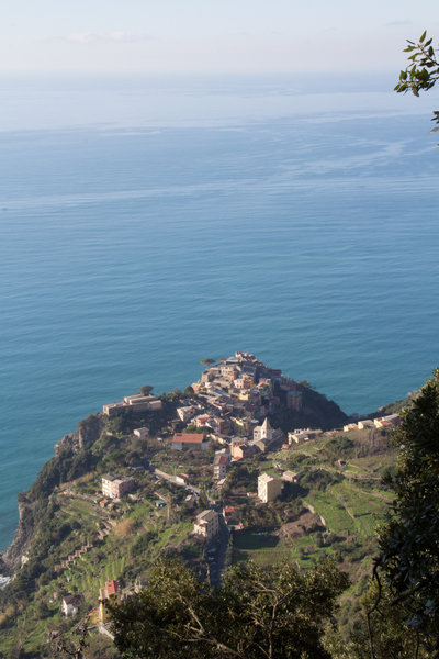 View of Corniglia near the intersection with Trail N 586