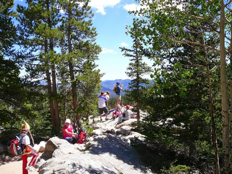 Hike to Bear Lake